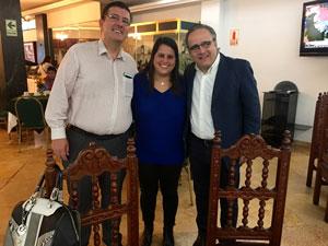 Con Claudia Vásquez. Nuestra primera clienta en Perú.